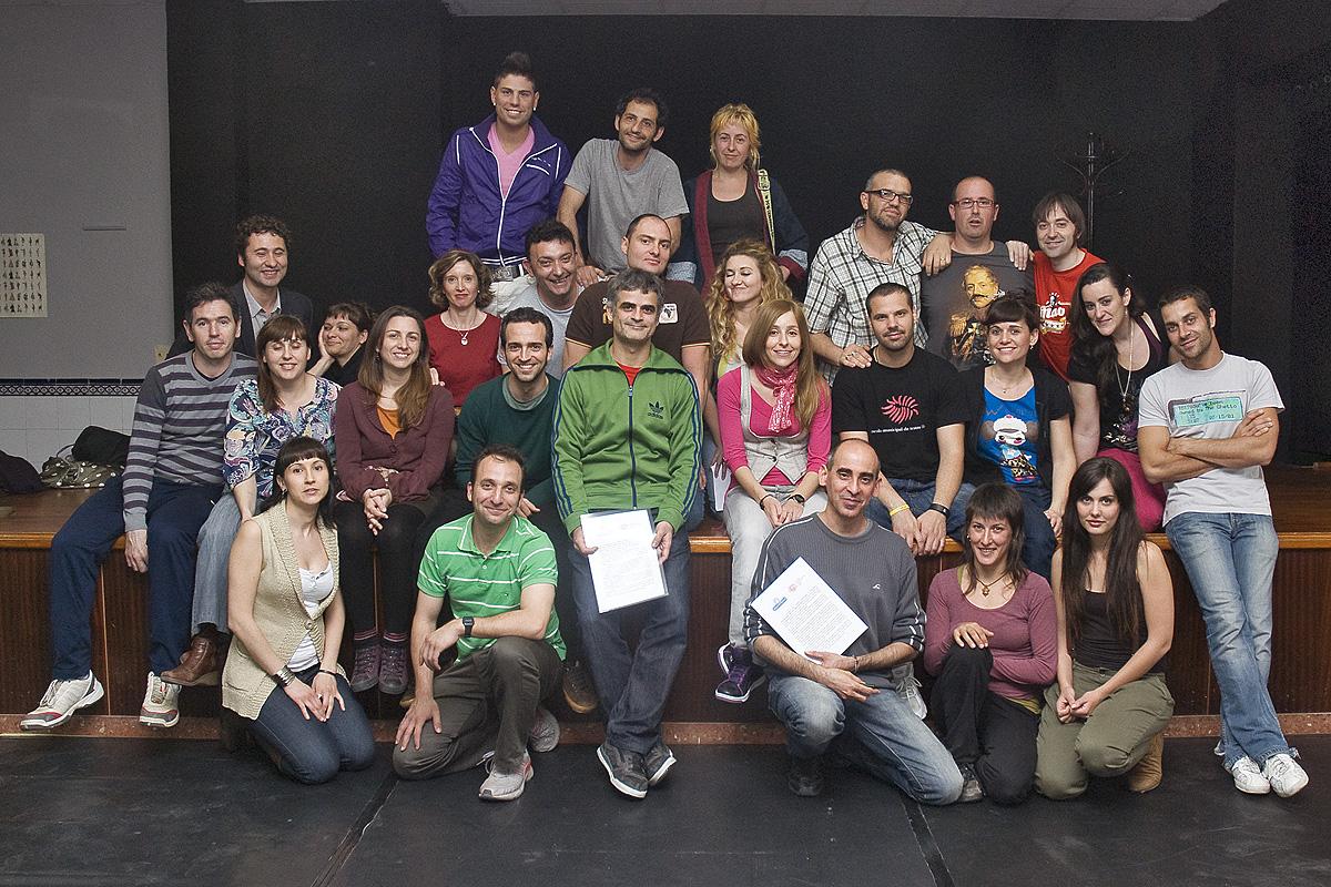 2010 Amb EL PONT FLOTANT signant una futura col·laboració